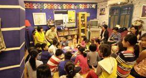 """""""Tôi tin mọi trẻ em trên thế giới đều thích nghe kể chuyện"""""""