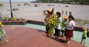 Thăm bến tàu không số K15 (Đồ Sơn, Hải Phòng)