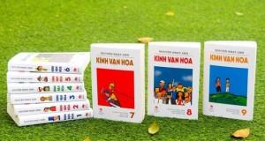 Kỷ niệm về Bộ sách Kính Vạn Hoa