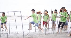 EcoCamp 2016: Chơi trên bờ biển