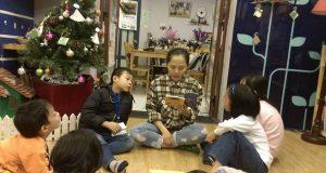 """Buổi đọc sách """"Chú nai sừng tấm và ông già Noel"""" (Andreas Steinhofel, dịch giả Tạ Quang Hiệp, NXB Văn học & Khai Tâm, 2013)"""