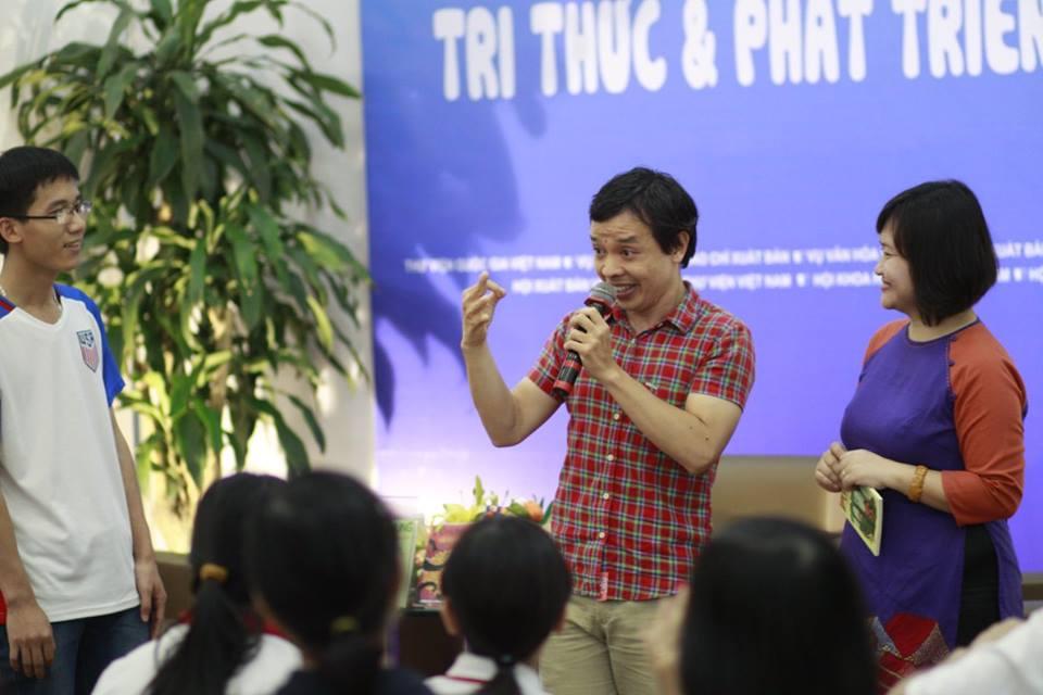gioi-thieu-sach-nha-van-vu-hung-thang-4-nam-2017-11