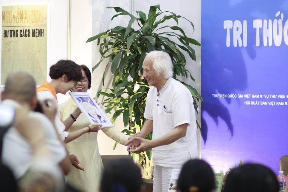 gioi-thieu-sach-nha-van-vu-hung-thang-4-nam-2017-13
