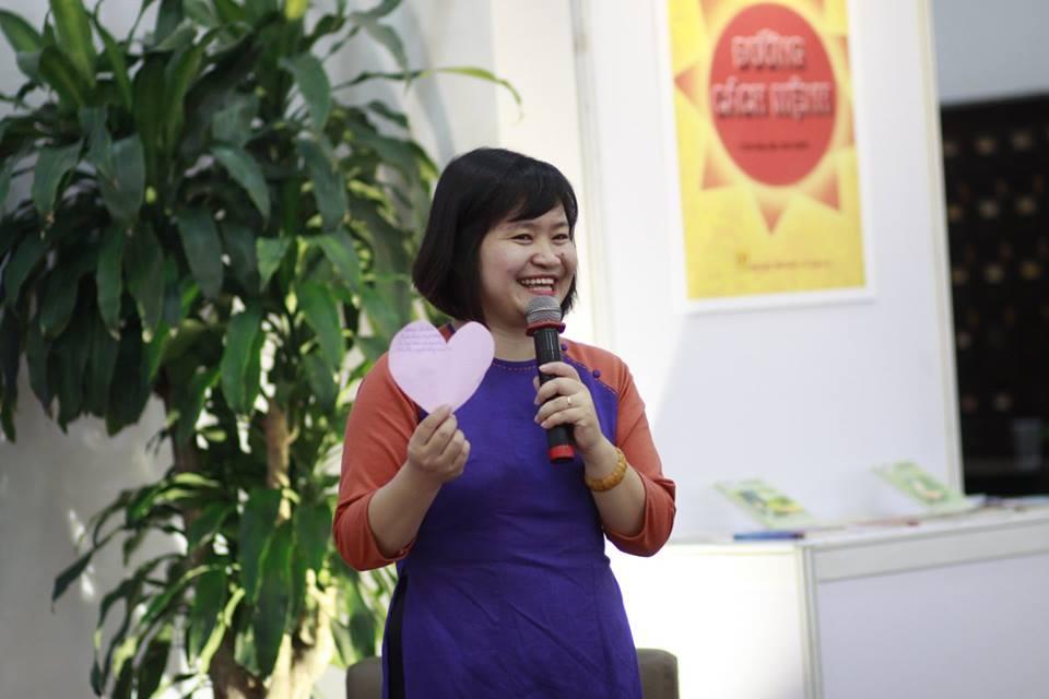 gioi-thieu-sach-nha-van-vu-hung-thang-4-nam-2017-5