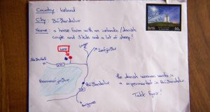 "Lá thư bay qua ""GOOGLE MAP"" đến Iceland"