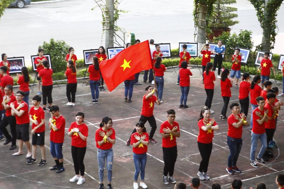 ecocamp 2019 dot 2 - tu hao viet nam (2)