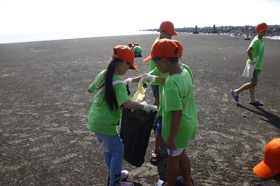 ecocamp 2019 dot 2 - hoat dong lao dong di là xanh dung len là sach (2)