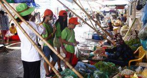 EcoCamp 2019 đợt 3 – Trải nghiệm đi chợ Đình Đoài