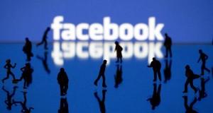 Có nên dùng Facebook?
