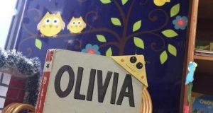"Buổi đọc sách tiếng Anh ""Olivia"" (Ilan Falconer, 2004) – Ecopark"